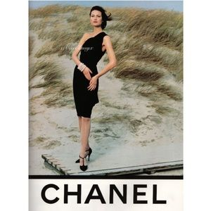 ✨Beautiful Vintage CHANEL CC Button Black Dress